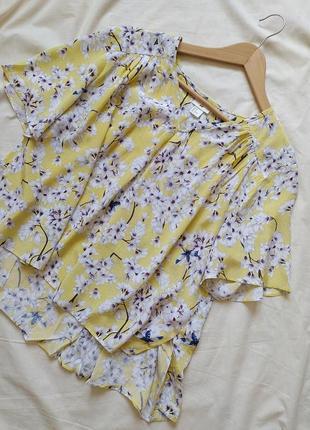 Блузка из вискозы с очень красивым рисунком