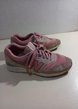 Фирменные женские кроссовки new balance