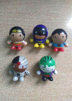 Фигурки dc: джокер, бэтгёрл, чудо-женщина , супермен, киборг
