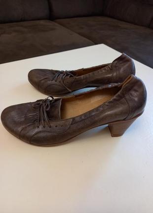 Фирменные женские туфли gidigio