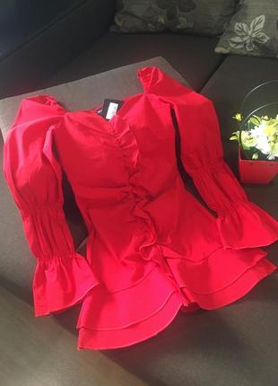 Красивое платье plt