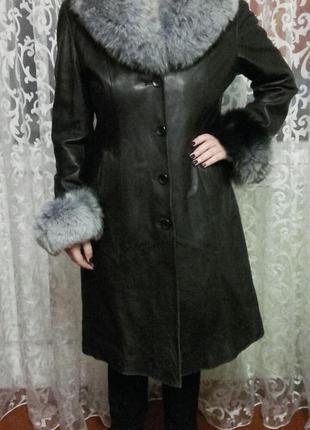 Куртка кожаная, черная, с натуральным мехом, зима
