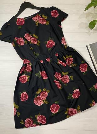 Платье чёрное с розам🌹 от atmosphere