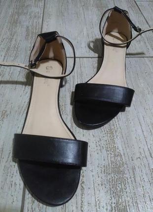 Туфли босоножки лодочки сандали балетки черные базовые классика