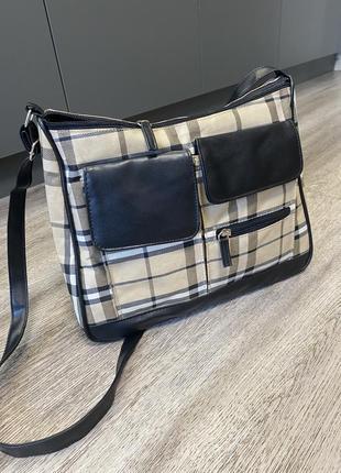 Вместительная квадратная сумка портфель в клетку