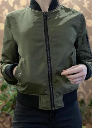Бомбер, курточка, олимпийка цветв хаки от 6ixty8ight