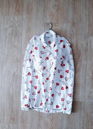 Рубашка белая в сердечки вискоза