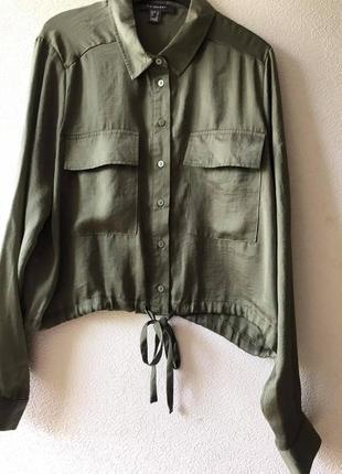 Укороченная рубашка оливкового цвета