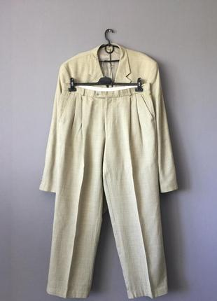 Capricorno оливковый костюм шерсть лен.