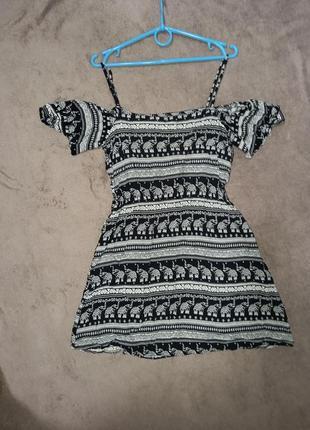 Платье сарафан с открытыми плечами6 фото