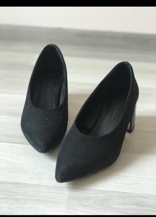 Туфлі reserved 37 розмір