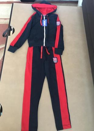 Спортивный костюм для девочки на рост 116,128,134,140