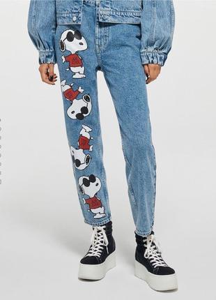 Синие мом джинсы со снупи 1+1=3