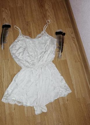 Пижама шортами комбинезон ночнушка боди ромпер