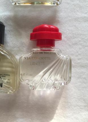 Лот винтажных миниатюр с остатками парфюмом.4 фото