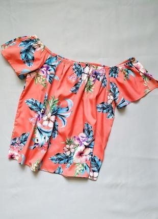Новая блуза блузка на коротком рукаве яркая с цветами primark l
