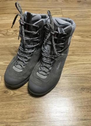 Сапоги ботинки термо трекинговые