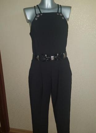 Шикарный комбинезон с укороченными брюками