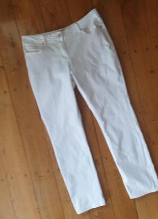Шикарні брендові джинси,98%котон 2% еластан