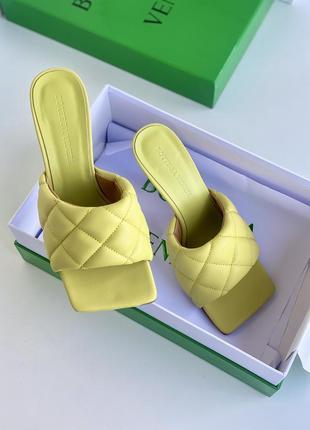 Женские желтые кожаные мюли на каблуке bottega veneta lido боттега венета