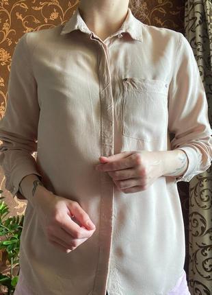Базовая бежевая рубашка от sinsay пастельного цвета
