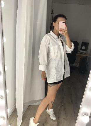 Белая котоновая плотная рубашка