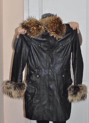 Пальто с натуральной кожи и мехом