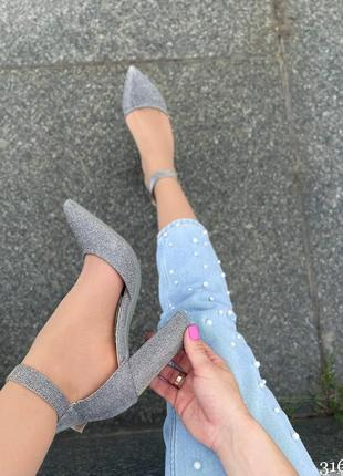 Туфли на удобном каблуке6 фото