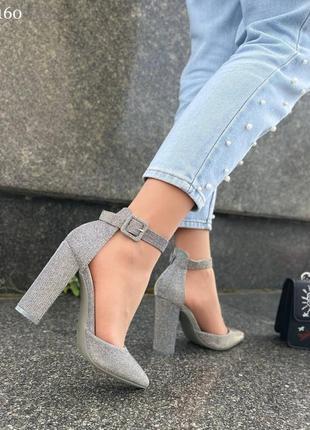 Туфли на удобном каблуке5 фото