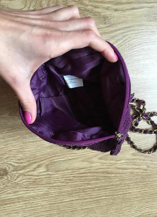 Новая яркая сумочка cross body на золотой цепочке3