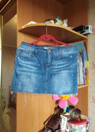 Продам красивую джинсовую юбку на девушку размер м