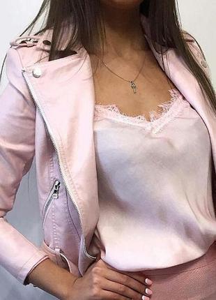 Майка в бельевом стиле пудрового цвета