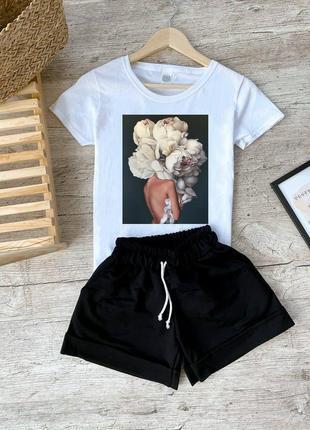 Женский костюм (футболка+шортики) разние принты на футболках.