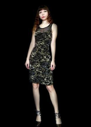 Платье цвета фисташки