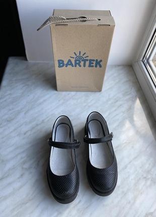 Туфли балетки школьная обувь