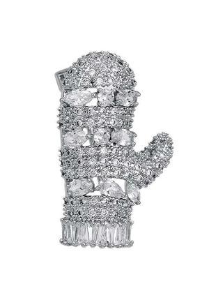 Брошь в виде варежки, украшена кристаллами
