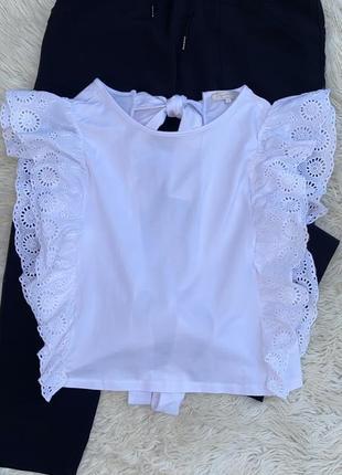 Красивая стильная блузка с открытой спинкой с рюшами раз.м