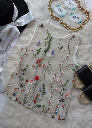 Красивая прозрачная белая сетка топ майка с цветочной вышывкой майка топ в идеальном состоянии 🖤