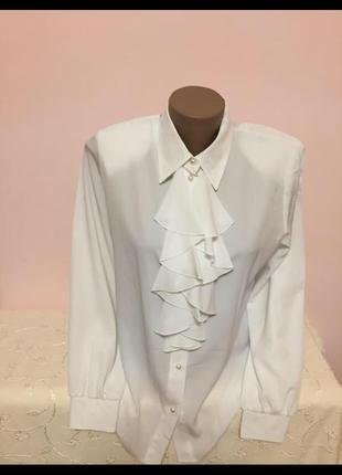 Нарядная и красивая блузка