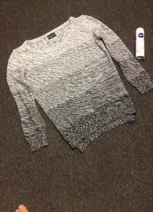 Очень оригинальный свитерок р.40/42laure scott