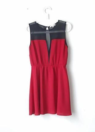 Красивое платье с сеточкой