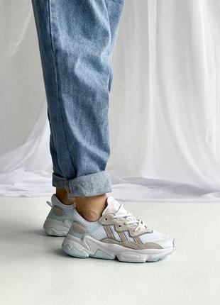 Женские демисезонные кроссовки adidas ozweego