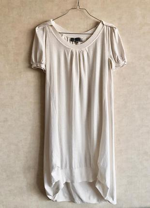 Шикарное брендовое бежевое платье