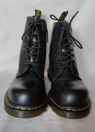 Топовые кожаные ботинки dr. martens 10108.4 фото