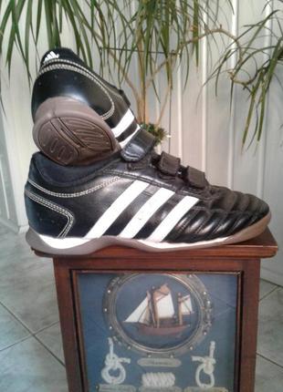 Кроссовки adidas черно-белые на липучках р 36