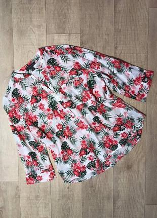 Очень красивая блуза в цветочный принт 100% вискоза