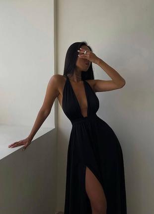 Нежное женское платье вечернее нарядное классическое с разрезом длинное с глубоким вырезом декольте