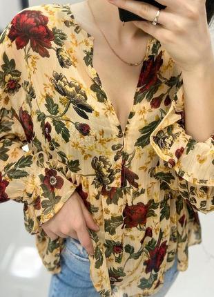 Лёгкая блузка рубашка в цветы