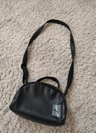 Продам сумку клатч женский puma