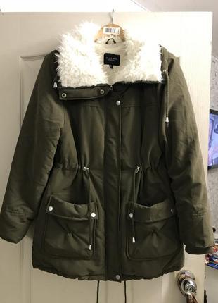 Шикарная куртка  зима - осень!!!! смотрите замеры  ! л -хл -